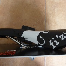 Fizik  THE PEOPLE'S EDITION  残り僅かです。