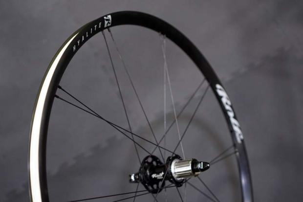 rolf-prima-hyalite-road-tubeless-centerlock-disc-brake-wheels02